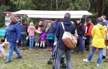 Insectenhotels knutselen bij HB Assen tijdens het Kinder Buitenfestival