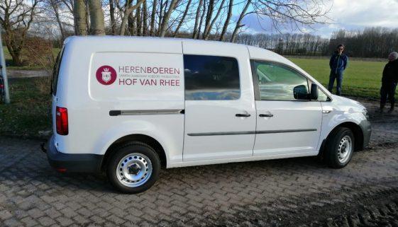 Belettering dienstauto Hof van Rhee