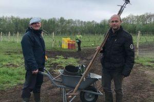 Vrijwilligers op de Help de boer zaterdag