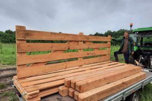 2 juli - hekwerk & palen voor de koeweide