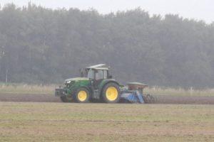 22 sep - kruidenrijk grasland wordt ingezaaid